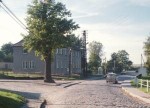 1995-10-145-01-f-gemeindehaus-dorf-grimme