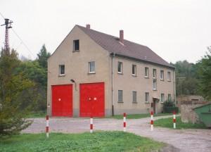 1995-10-146-17-f-feuerwehrhaus-dorf-grimme